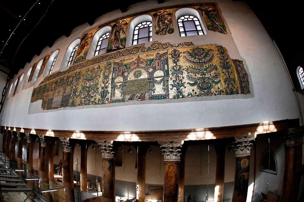 Mosaik Gereja Kelahiran Yesus kembali Bersinar