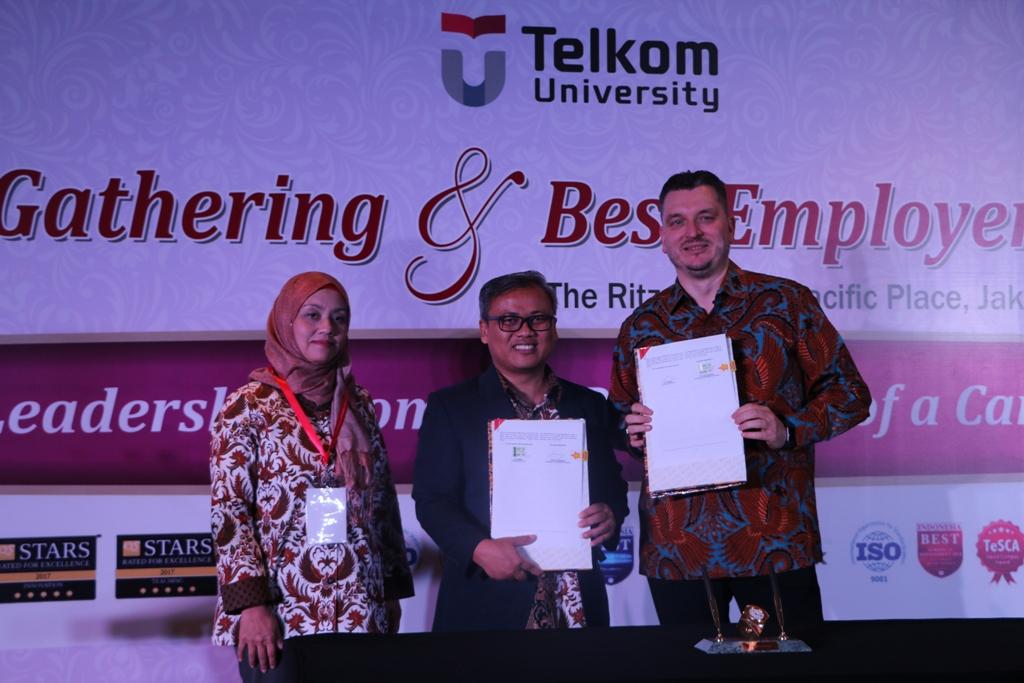 Industrial Gathering: Best Employer Award 2018 telkom University, Tel-U/Humas.