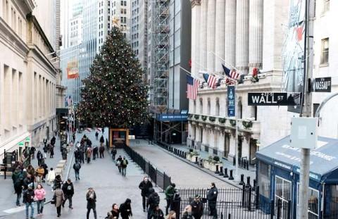 Pohon Natal Pernah Jadi Berhala