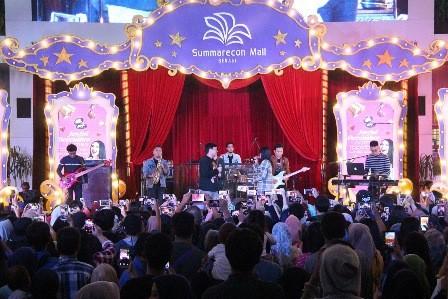 Kemeriahan event Joyful December Comes Together di Mal Summarecon Bekasi. (Foto: Dok.)
