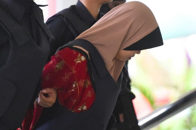 Persidangan Siti Aisyah ditunda karena hakim menolak keterangan saksi. (Foto: AFP).