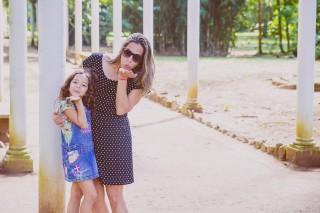 Dampak Negatif Memuji Kecantikan Putri Anda