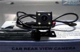 Trik Pasang Kamera Mundur Mobil Aftermarket