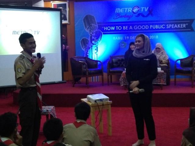 Presenter Metro TV Sara Wayne di MAN 9 Jakarta/Medcom.id/Kautsar Widya Prabowo
