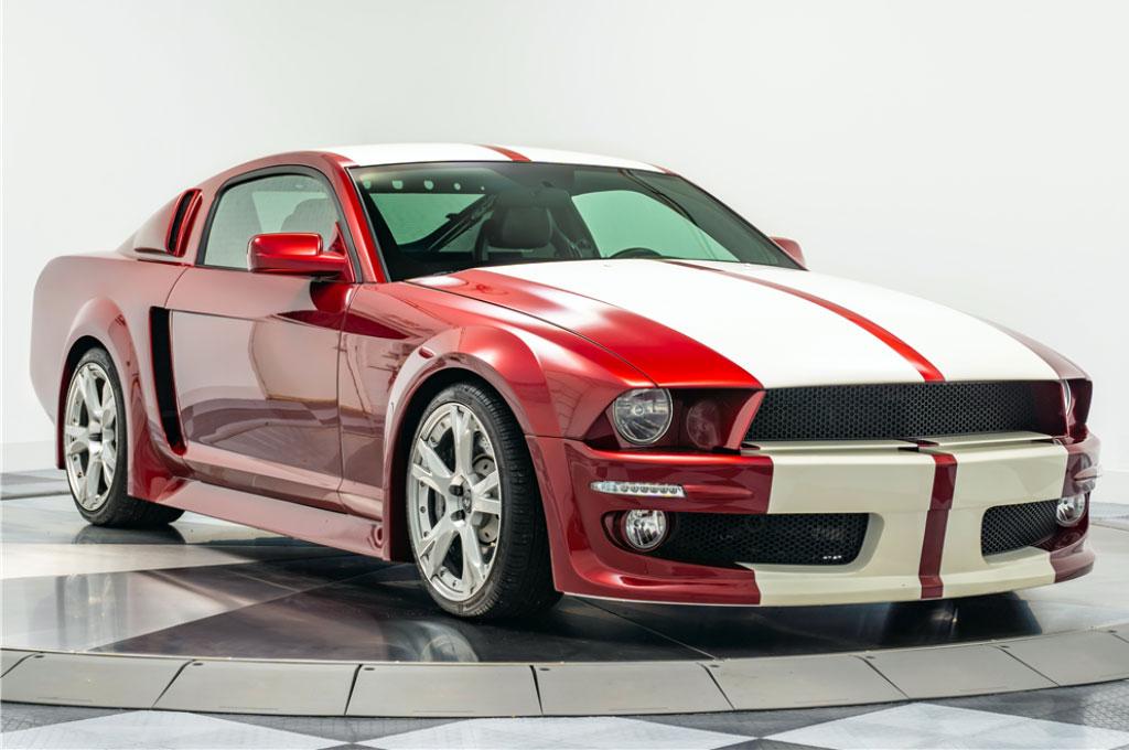 Mustang satu ini menggunakan basis Lamborghini Gallardo. Barrett-Jackson