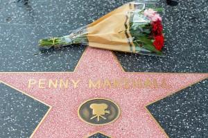 Sutradara Penny Marshall Meninggal Dunia