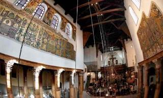 Gereja 'Benteng' Kelahiran Yesus yang Kembali Bersinar