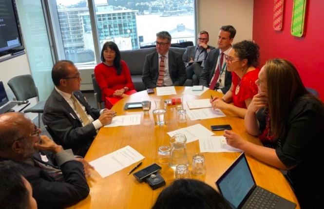 Dubes RI untuk Selandia Baru, Tantowi Yahya jelaskan mengenai Papua kepada Parlemen Selandia Baru. (Foto: KBRI Wellington).