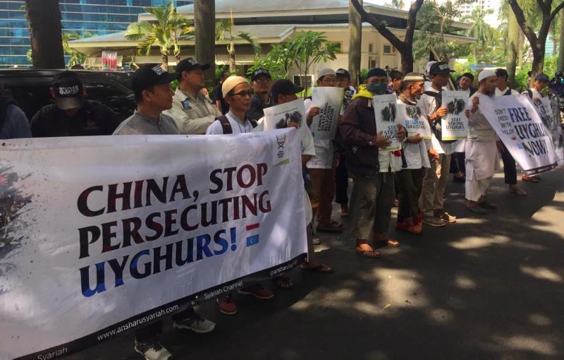 Protes di Kedutaan Besar Tiongkok terkait kondisi etnis Uighur. (Foto: Kumara Anggita/Medcom.id).