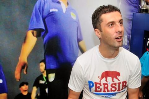 Persib Tunjuk Miljan Radovic sebagai Pelatih Anyar