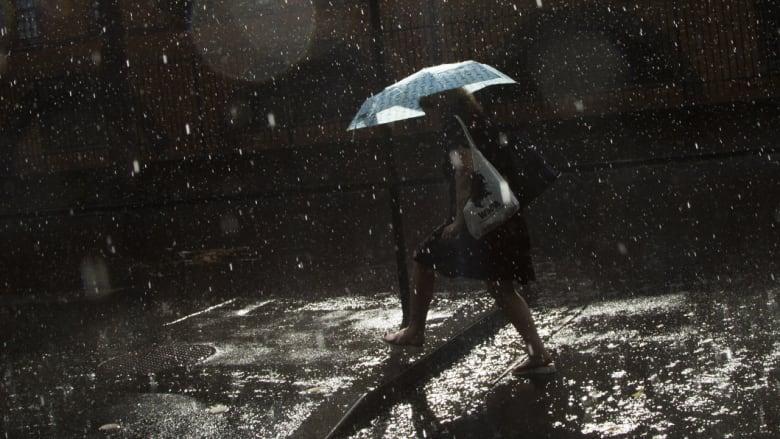 Badai yang melanda Australia memicu hujan es parah. (Foto: Sidney Morning Herald).