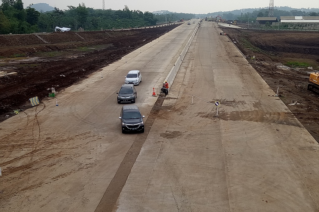 Suasana di jalan tol Malang-Pandaan pada pengoperasian secara fungsional di hari pertama, Jumat, 21 Desember 2018, Medcom.id - Daviq Umar