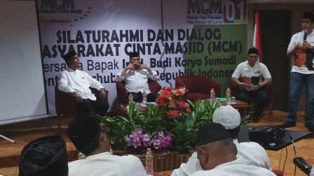 Budi Karya Sumadi di acara silaturahmi dan dialig masyarakat cinta masjid. Istimewa.