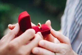 Alasan Pasangan Belum Memperkenalkan Anda ke Keluarganya