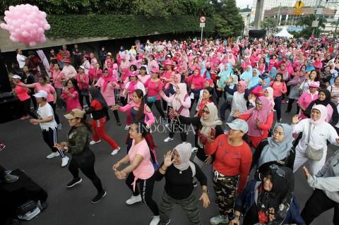 Kemeriahan Acara Peluk Ibu Satu Indonesia di Jakarta