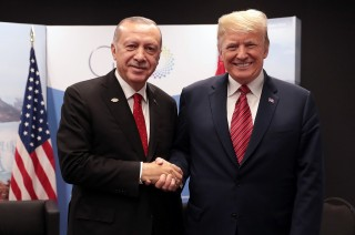 Trump dan Erdogan Cegah Vakum Kekuasaan di Suriah