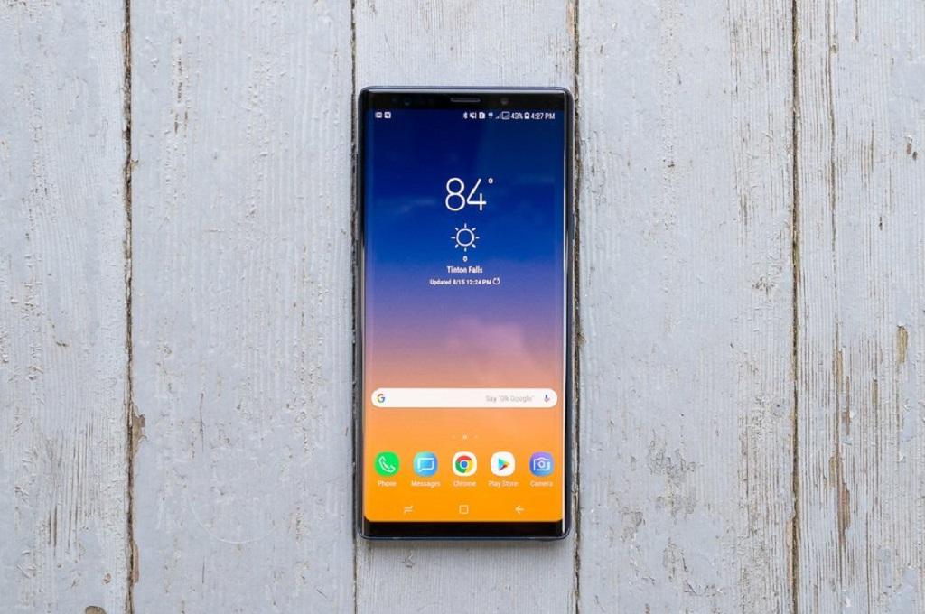 Tipster Ice Universe mengungkap ukuran layar yang akan diusung Samsung Galaxy Note 10 dan S10.