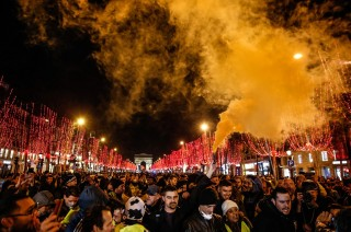 Demo Rompi Kuning Berlanjut, Macron Serukan Persatuan
