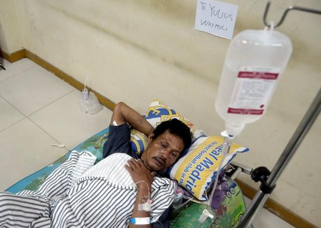 Ilustrasi--Korban bencana tsunami di Desa Way Muli, Kecamatan Kalianda menjalani perawatan di Rumah Sakit Bob Bazar Kalianda, Lampung Selatan, Senin (24/12/2104)--Antara/Ardiansyah.
