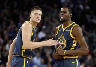Warriors Atasi Perlawanan Sengit Clippers