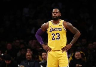Kemenangan Beruntun Lakers Dihentikan Grizzlies