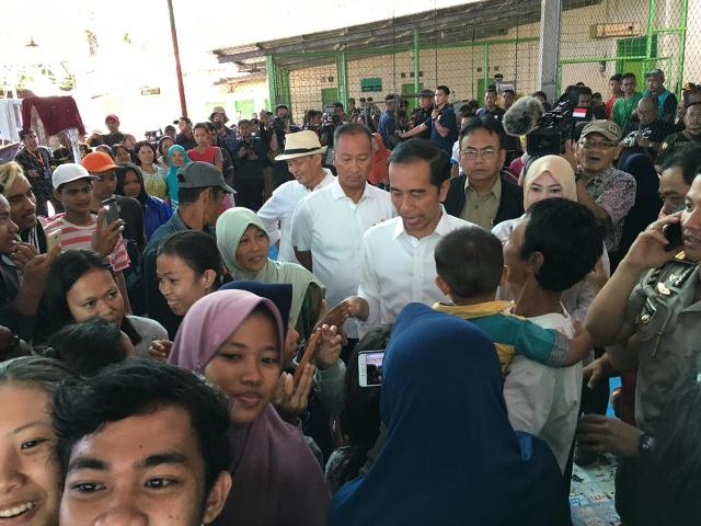 Presiden Jokowi bertemu korban tsunami di Banten/Foto: Biro Pers Istana