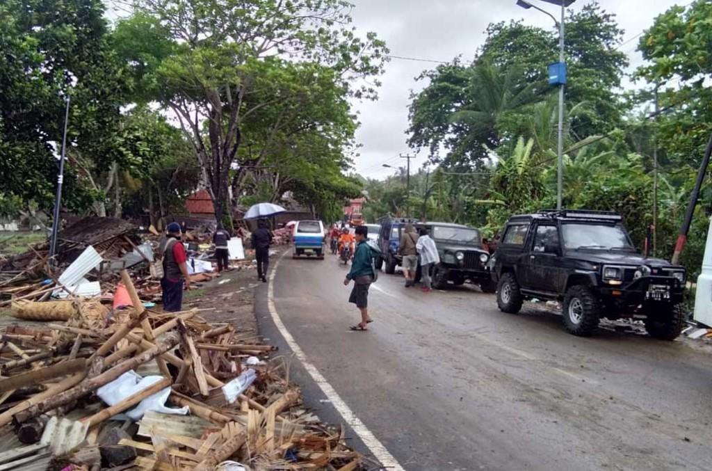 Tim reaksi cepat IOF Rescue langsung turun berikan bantuan ke korban bencana alam tsunami Banten dan banjir Bali. IOF