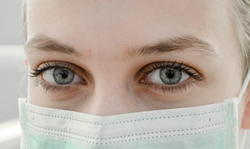 Perempuan lebih rentan terkena penyakit tersebut karena adanya sistem kekebalan tubuh. (Foto Ilustrasi: Ani Kolleshi/Unsplash.com)