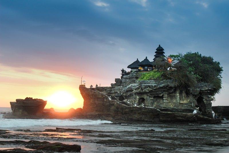 Pesona Bali tak pernah luntur dimakan waktu. (Foto: Harry Kessell/Unsplash.com)