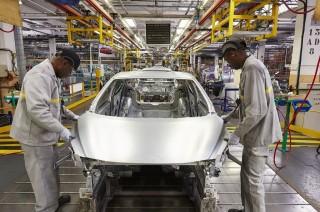 Ribuan Pekerja Pabrik Nissan Meksiko Dirumahkan