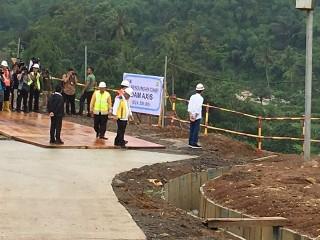 Jokowi Inspects Dam Projects in Bogor