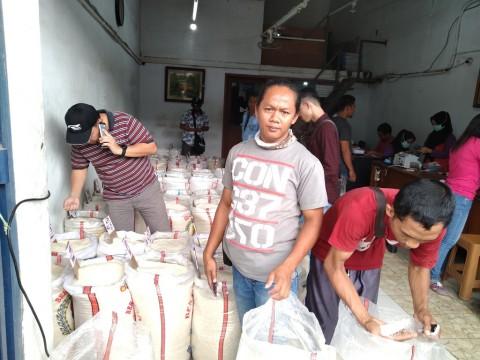 Harga Beras di Pasar Induk Cipinang Belum Turun