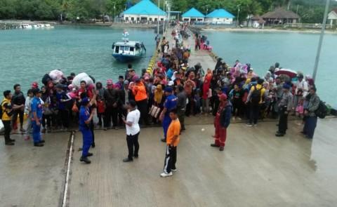 ASDP Kirim KMP Jatra III Bantu Evakuasi Penduduk Pulau Sebesi