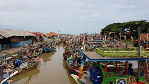 Walau Khawatir, Nelayan Cirebon Tetap Melaut
