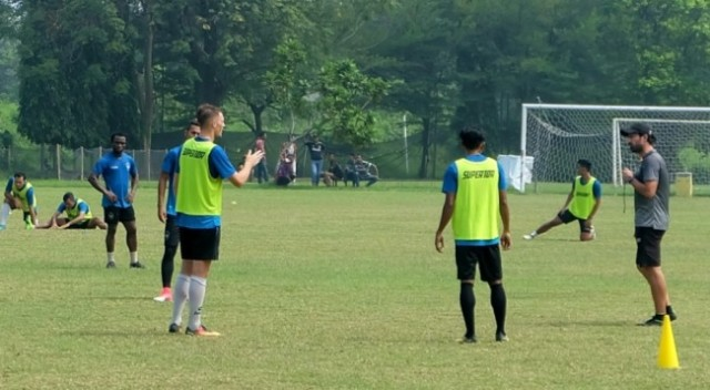 Tim PSIS saat berlatih di musim lalu-Medcom.id