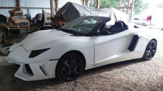 Mobil Jadul ini Disulap jadi Lamborghini Aventador