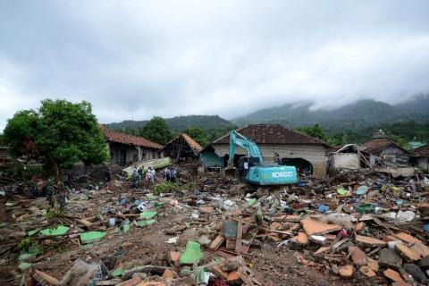 Kementerian BUMN Tinjau Perbaikan Infrastruktur Terdampak Tsunami