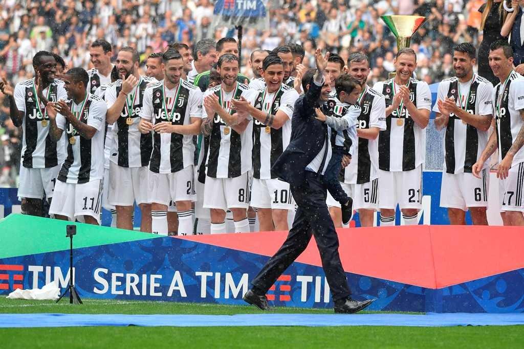 Juventus mengklaim scudetto ketujuh secara beruntun  (Foto AFP/MARCO BERTORELLO)