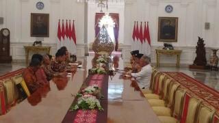 Jokowi Receives UI Rector