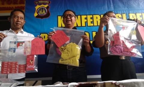 Berkas Kasus <i>Veyourisme</i> Dilimpahkan ke Jaksa Awal Tahun