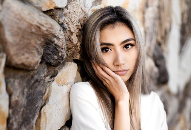 Jika dahulu facial tradisional merupakan perawatan yang paling populer, saat ini laser wajah kini menjadi metode perawatan nomor satu yang dipilih wanita dalam hal kecantikan. (Foto: Joshua Chun/Unsplash.com)