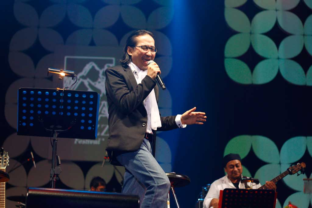 Dian Pramana Poetra saat tampil di Java Jazz Festival 2015 (Foto: Medcom.id/Shindu Alpito)
