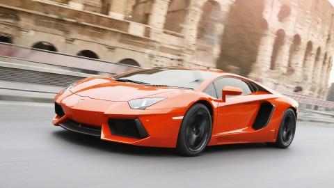 Lamborghini Riset Teknologi Hybrid di Aventador Terbaru