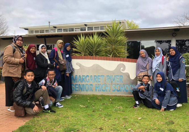Delapan siswa dari SMP Negeri 1 Sungai Lilin dan SMP Negeri 1 Babattoman berkunjung ke Margaret River Senior High School (MRSHS) Perth, Australia Barat (Foto:Dok)