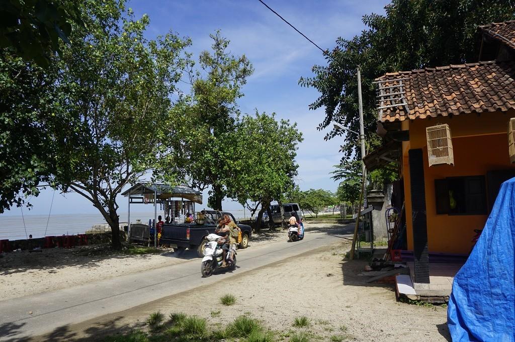Suasana di Pantai Semat, Jepara, Medcom.id - Rhobi Shani