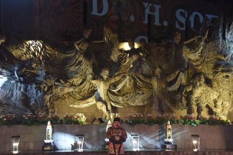 Patung Parasamya Purnakarya Nugraha di Jatim Diresmikan