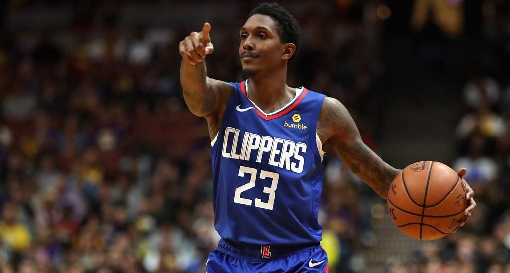 Guard Lou Williams menjadi protagonis LA Clippers ketika mengalahkan LA Lakers (AFP/Sean M. Haffey)