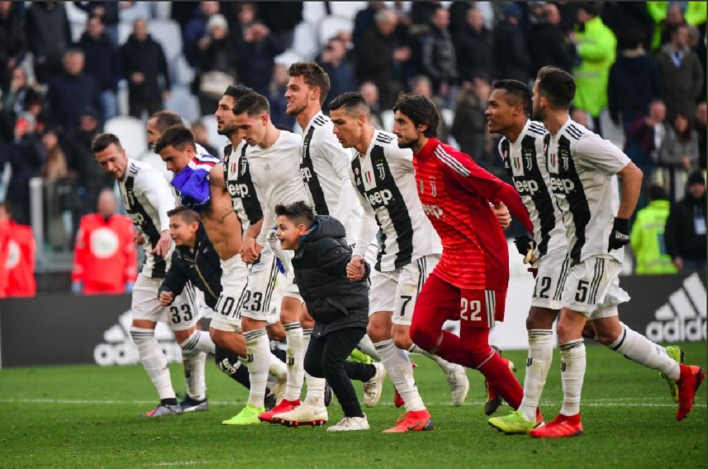 Selebrasi penggawa Juventus usai meraih kemenangan dari Sampdoria (Twitter/Mattia Perin)