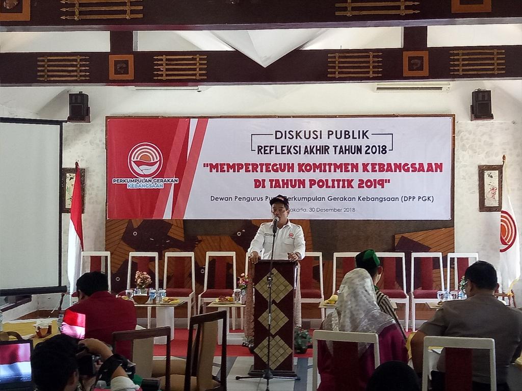 Ketua Umum Dewan Pengurus Pusat Perkumpulan Gerakan Kebangsaan (DPP PGK) Bursah Zarnubi. Foto: Medcom.id/Siti Yona Hukmana.