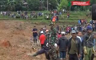 Saksi: Suara Gemuruh Terdengar saat Evakuasi